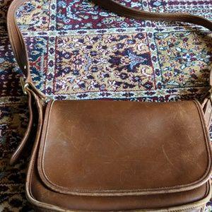 Women s Vintage Coach Saddle Bag on Poshmark 9380a314ab